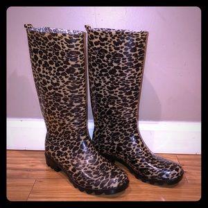 Capelli New York leopard rain boots